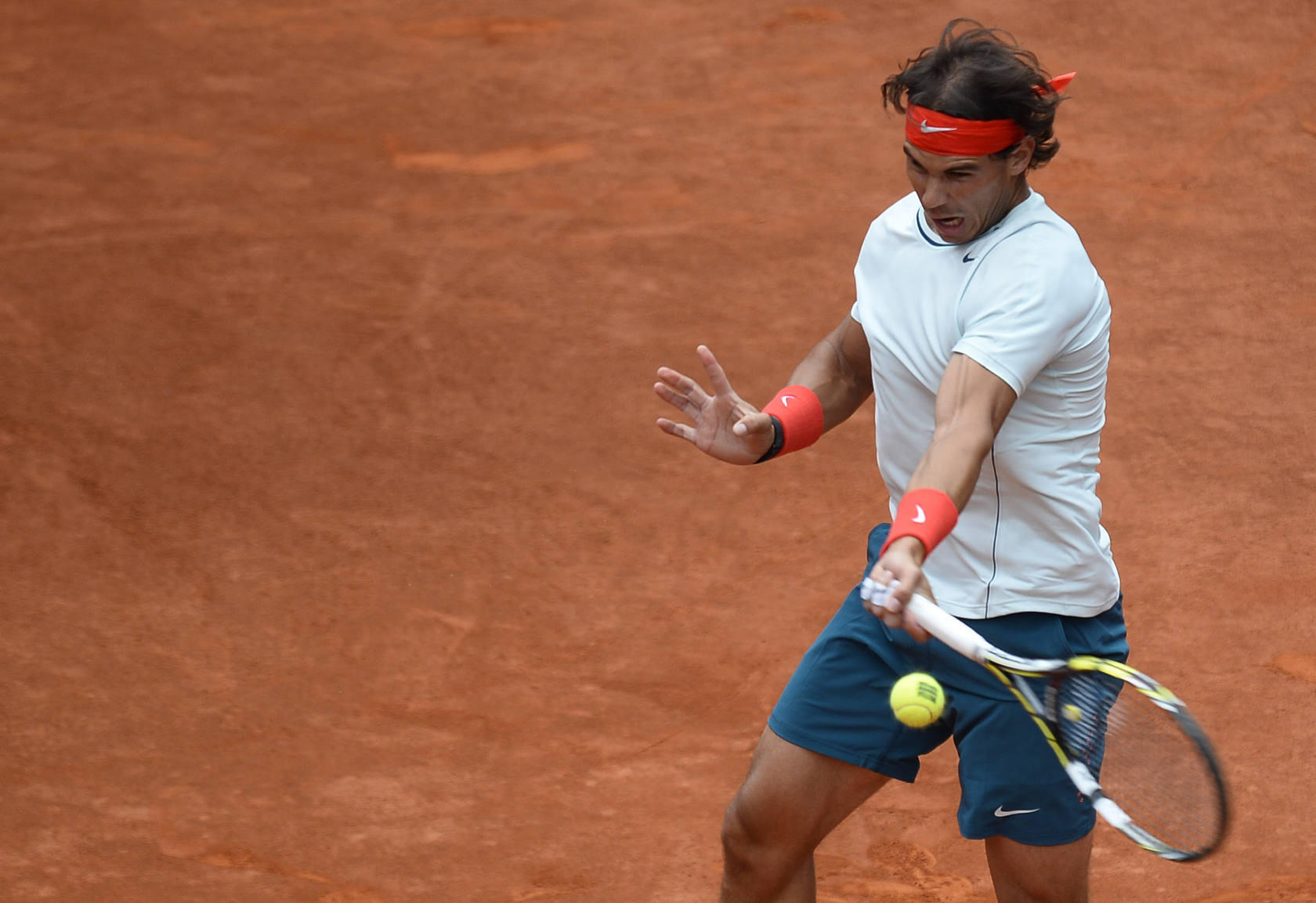 Nadal se impone a Paire al ralent&iacute;