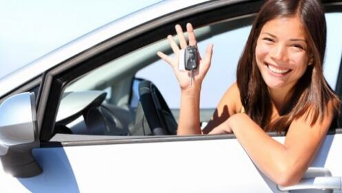 Este verano sácate el carné de conducir de moto o coche