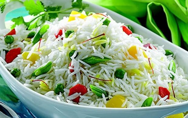 Menú diario con arroz Hindú