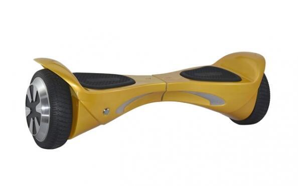 Patinete eléctrico dorado de 2x250w