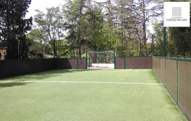 Alquiler de pista de fútbol en Cortijo del Aire