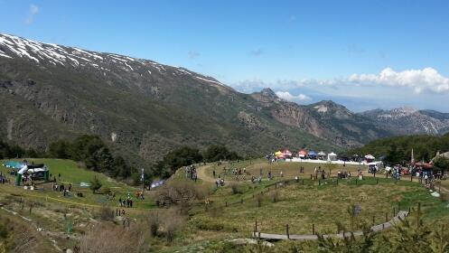 10 Entradas para Piscina Club Deportivo Montebajo, Sierra Nevada