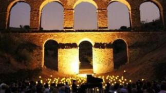 Concierto 1 piano & 200 velas, 10 Agosto en el Acueducto Romano de Almuñécar