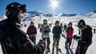 BLACKFRIDAY20: 10% dto. EXTRA Curso grupal de ski/snow (2h o 4h) + alquiler equipo (día completo)