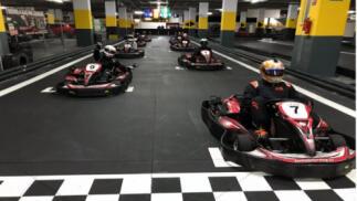 Sesión de karting (16 min + bebida) para 1 persona