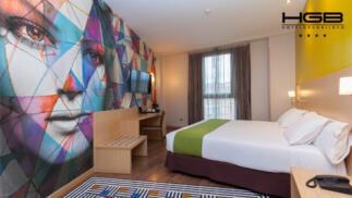 Hotel de 4* para 2 en Bilbao con desayuno buffet y entradas al Guggenheim con opción a cena