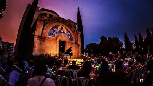 Entradas 1 piano & 200 velas Granada o Almuñecar