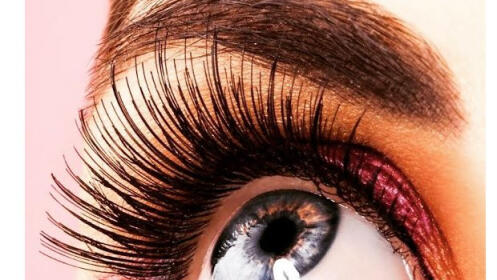 Sesión de peluquería con peinado + tratamiento de nutrición para el cabello