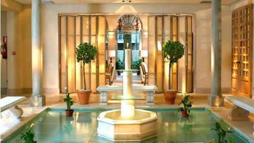Circuito spa para 2 con masaje en Villa Oniria