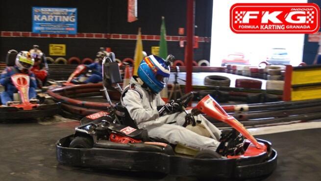 Sesiones de karting de 16 minutos + bebida para 1, 3, 5 o 6 personas (valido hasta 30/06/21)