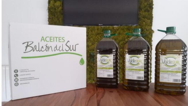 3 garrafas de 5 litros de Aceite de Oliva Virgen Extra de olivos centenarios