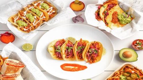 2 burritos auténticos mexicanos con nachos + 2 bebidas con entrega a domicilio